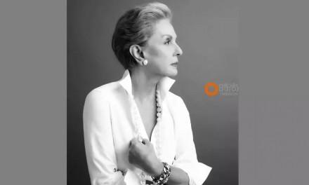 76岁的她设计的礼服让明星们美翻天,可是她却独爱白衬衫!
